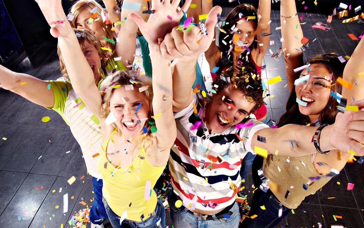 Пусть всем будет весело 1 Апреля. Фото с сайта skuki.net