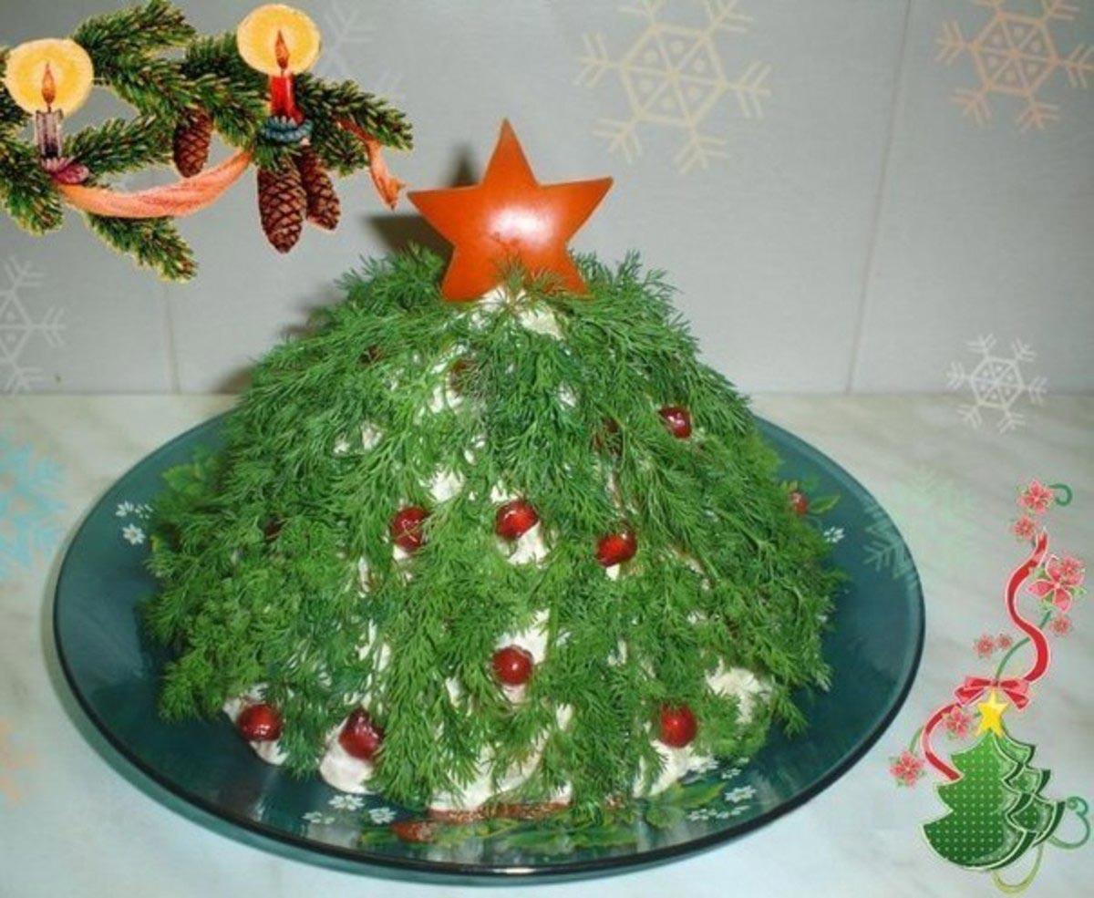 Салат в форме елки. Фото с сайта deti.mail.ru