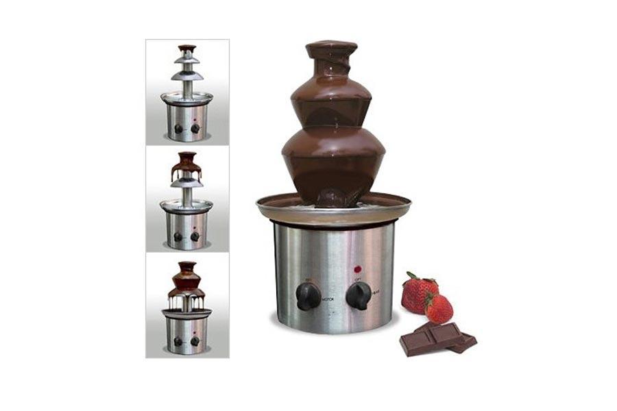 Шоколадный фонтан с действии. Фото с сайта prof-market.net