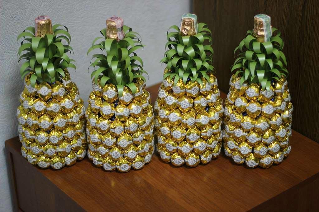 """""""Ананас"""" из бутылки шампанского. Фото с сайта 1ua.com.ua"""