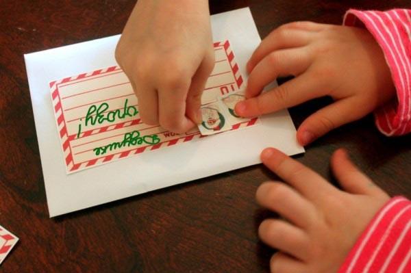 Отправьте письмо по почте. Фото с сайта cf.ua