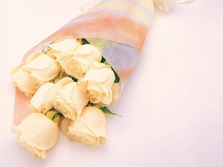 Нежные розы в креп-бумаге Фото: ladyspecial.ru