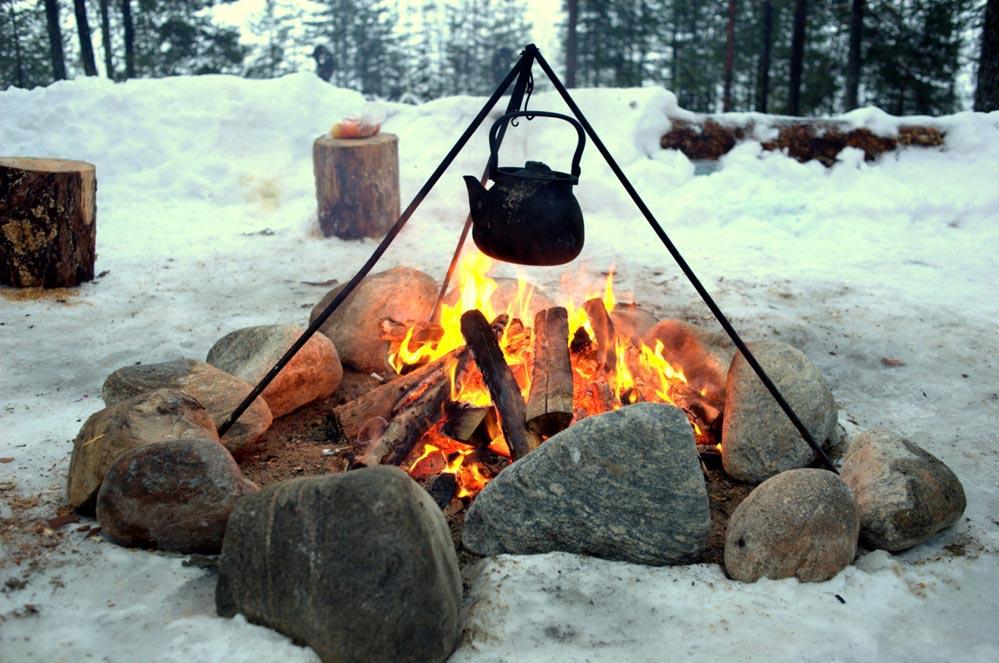 Пикник зимой тоже возможен. Фото с сайта kalevala-welt.ru