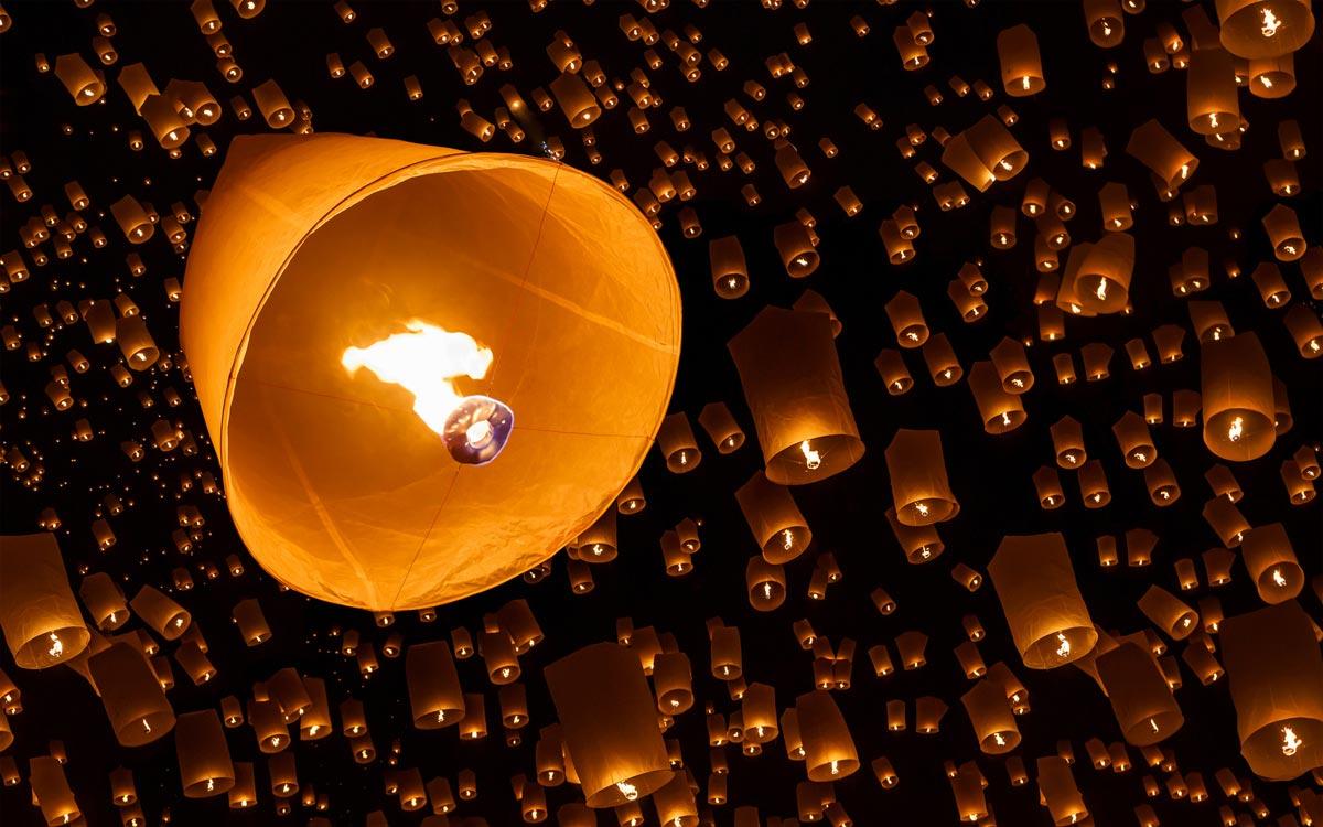 Небесные фонарики своими руками. Фото с сайта c.avsim.su