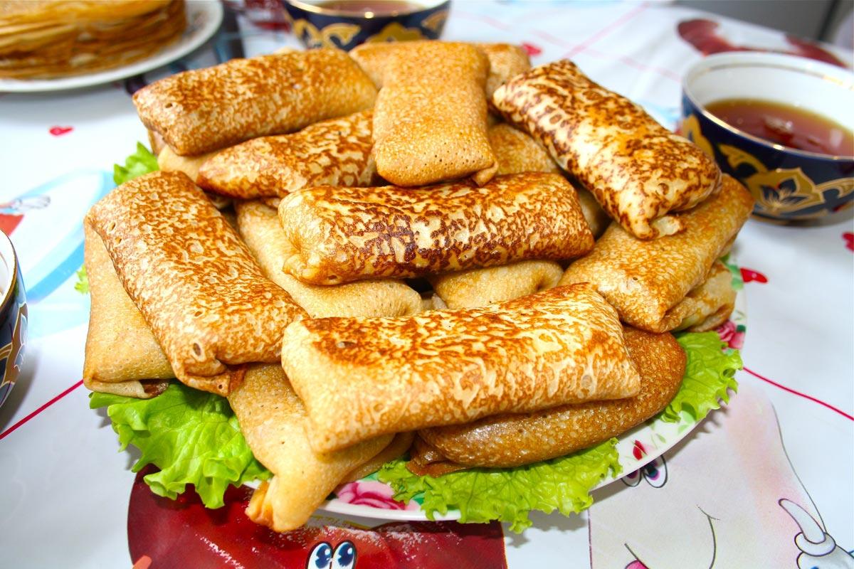Блины на тарелке. Фото с сайта vesnabliny.ru