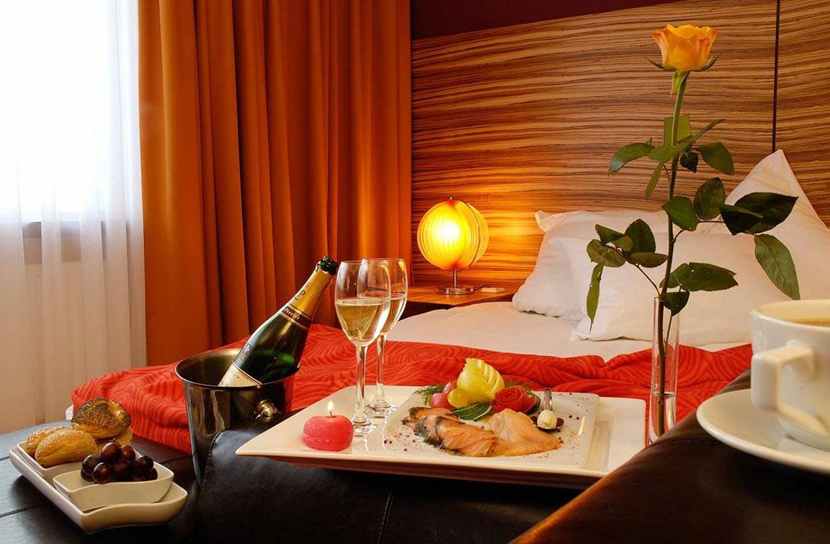 Важно создать правильную атмосферу. Фото с сайта www.love-suite.eu