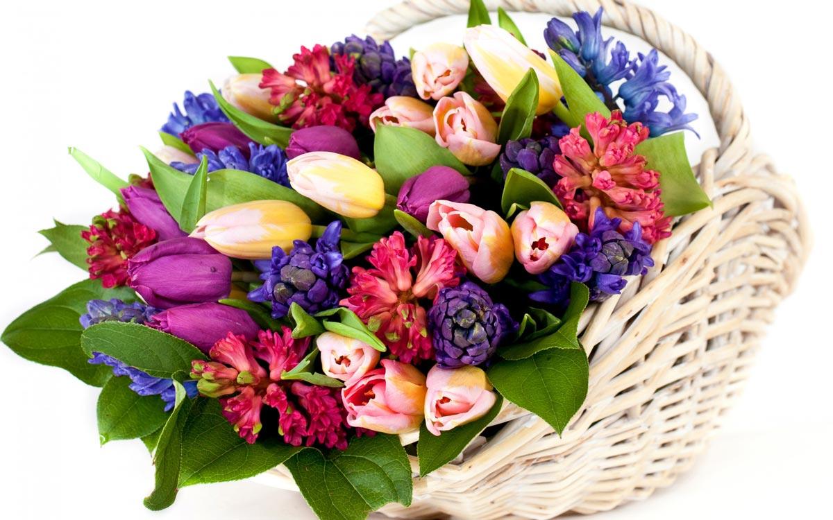 Не скупитесь на цветы. Фото с сайта badfon.ru