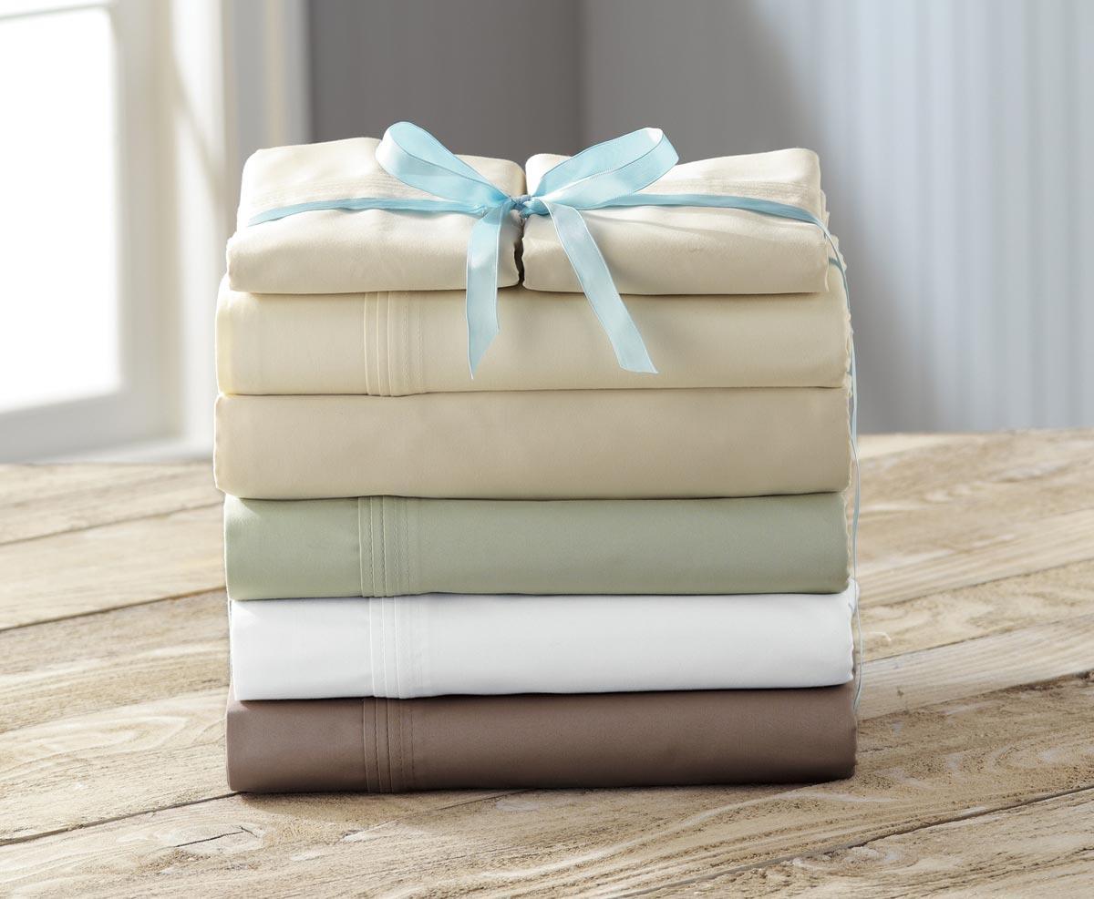 Набор полотенец в подарок бабушке. Фото с сайта moneysavingxmas.com