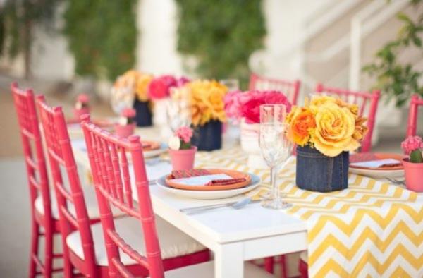 Розовый цвет будет лейтмотивом праздника. Фото с сайта alwaysforeverfloristblog.com