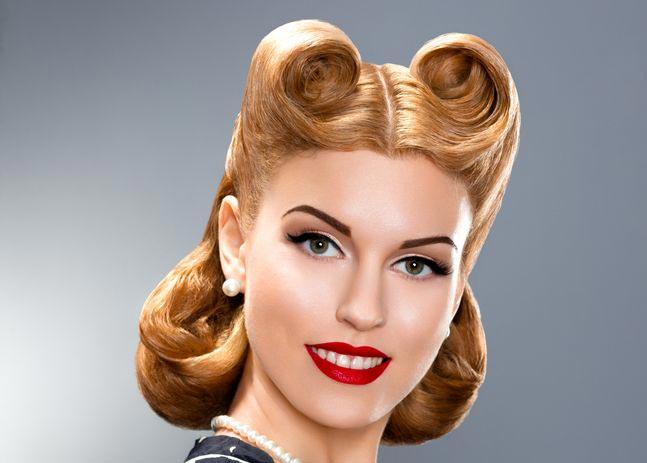 Яркий глянцевый стиль пин-ап. Фото с сайта hair-secrets.ru