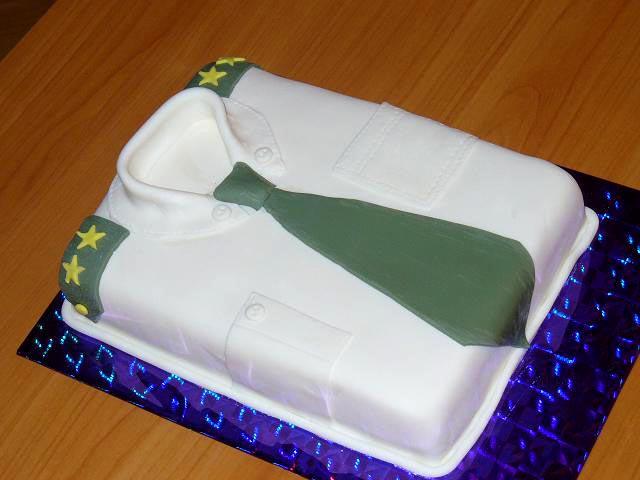 Торт для настоящего защитника. Фото с сайта handmade-saratov.ru