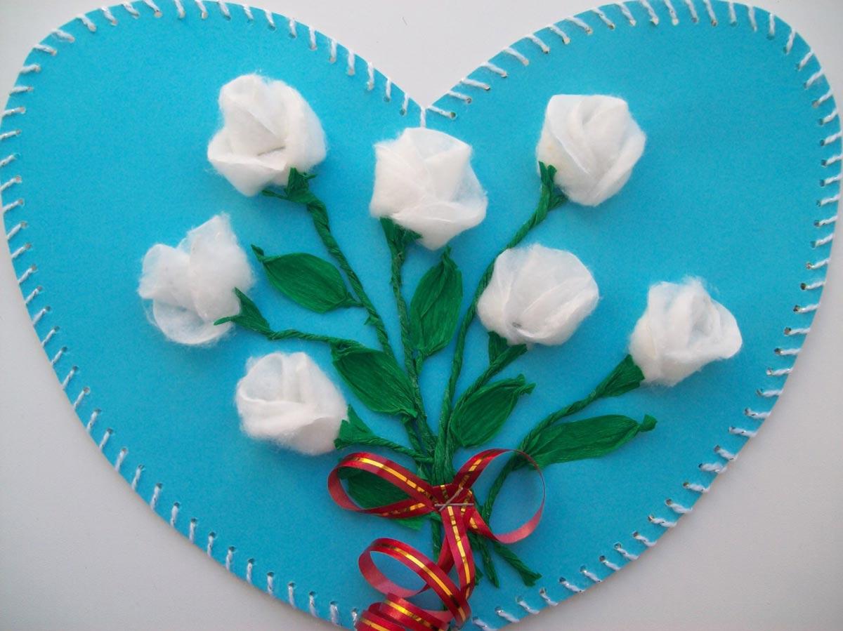 Розы из ватных дисков. Фото с сайта strana-sovetov.com