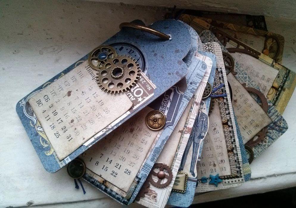 Календарь с памятными лишь для вас двоих датами. Фото с сайта livemaster.ru