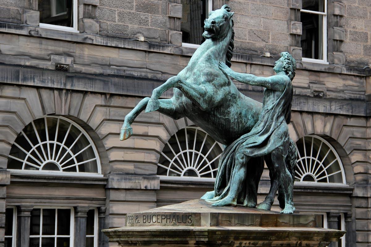 Легенда о Дне археолога. Фото с сайта i.wp-b.com