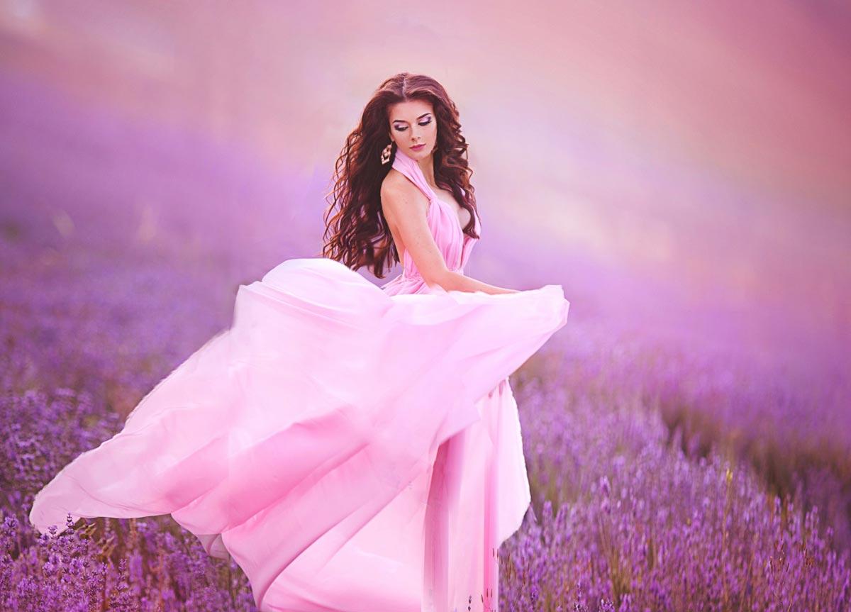 Розовое свадебное платье. Фото с сайта 1zoom.me
