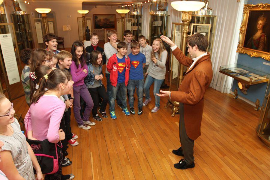День рождения в музее - это не только интересно, но и очень познавательно. Фото с сайта www.bal.pushkinmuseum.ru