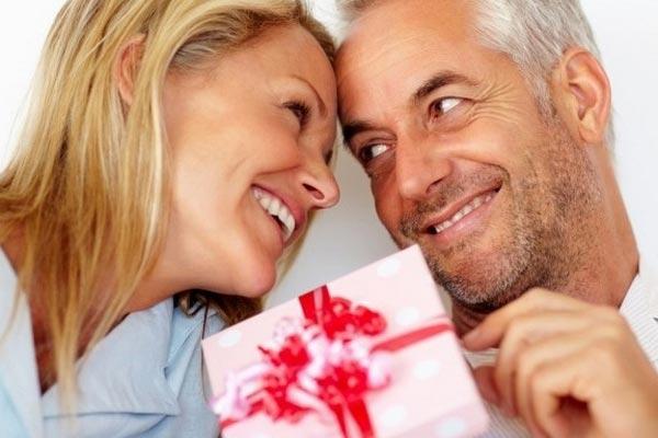 Близкие люди наверняка запросто угадают с подарком. Фото с сайта wellnesso.ru 3