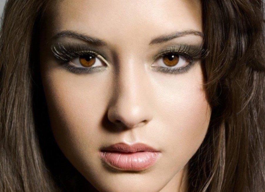 Карие глаза - довольно распространенный цвет. Фото с сайта krasaru.ru