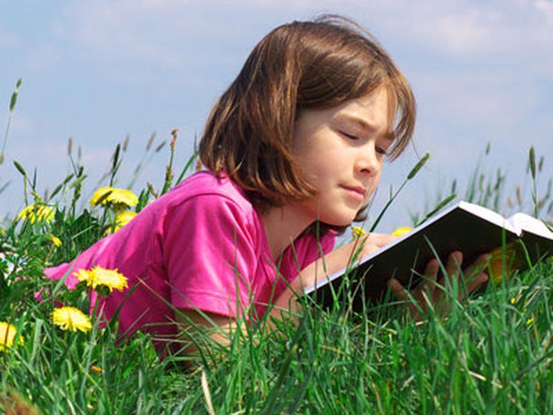 Отлично, если у девочки есть интерес к литературе. Фото с сайта npscool.ucoz.ru