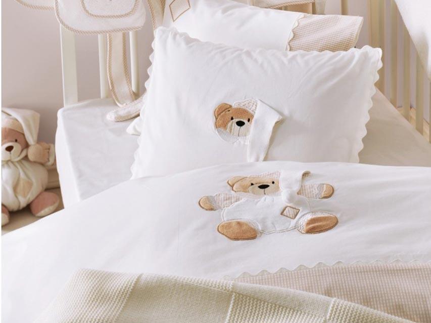 Набор мягкого постельного белья. Фото с сайта best-parents.ru