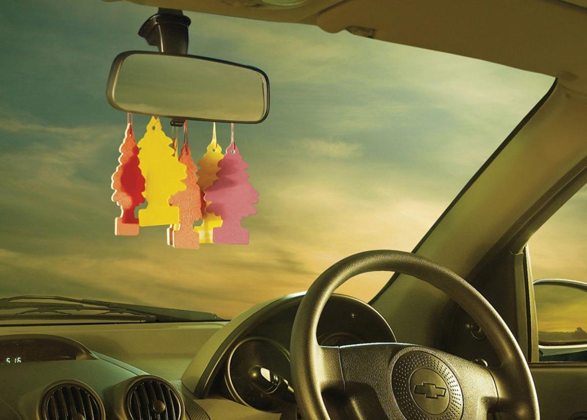 Автомобильный ароматизатор станет предвестником приобретения автомобиля. Фото с сайта wall4all.me