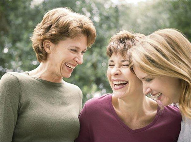 55 лет - уже весомая дата для женщины. Фото с сайта homeexposheboygan.com