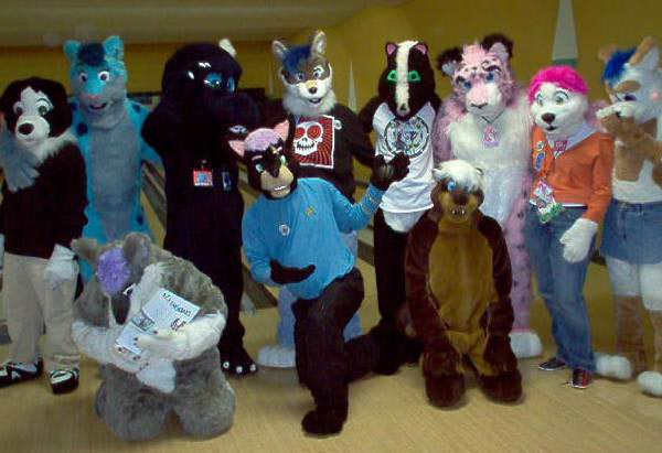 Если все поддержат идею маскарада, будет здорово. Фото с сайта katiethebloglady.com