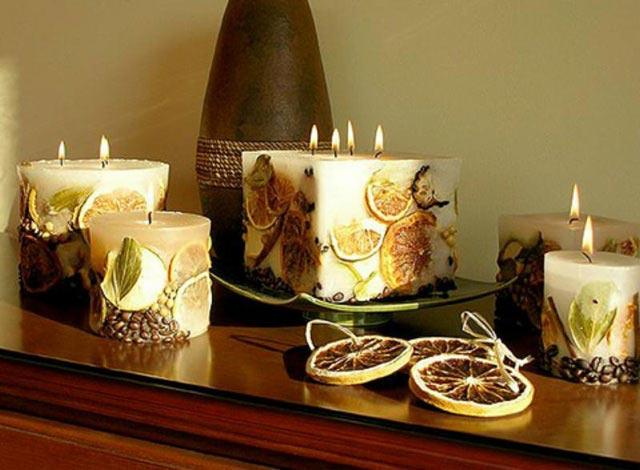 Свечи не обязательно извлекать из емкостей. Фото с сайта ibud.ua
