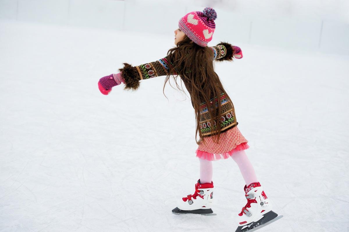 Подарите ребенку спортинвентарь. Фото с сайта www.7dach.ru