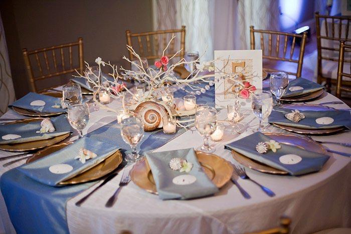 Красиво сервированный стол на празднике. Фото с сайта wedding-pictures.onewed.com