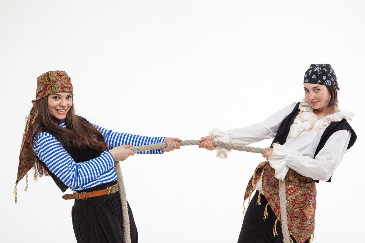 Пиратская сценка. Фото с сайта www.buhta-barahta.spb.ru