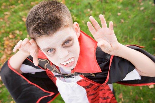Можно сделать и детский костюм. Фото с сайта www.grontpunkt.no