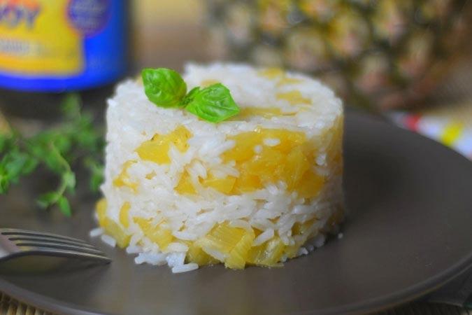 Рис с ананасами на гарнир. Фото с сайта www.rostov.kp.ru
