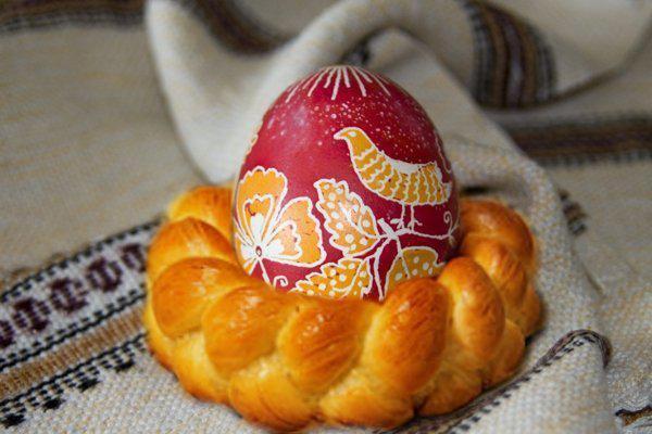 Корзинка для яиц из теста