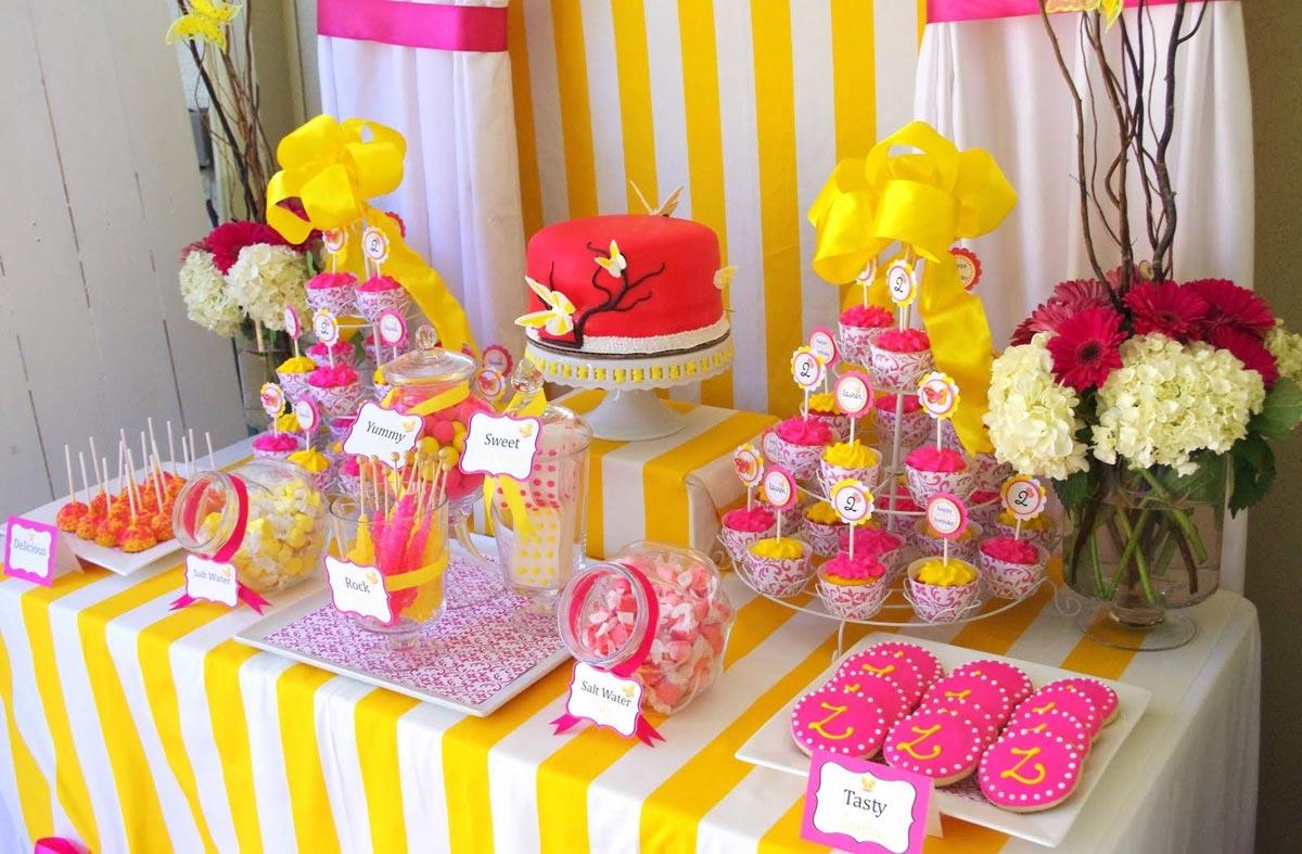 Сладкий стол. Фото с сайта marinamendelson.artdimension.ru