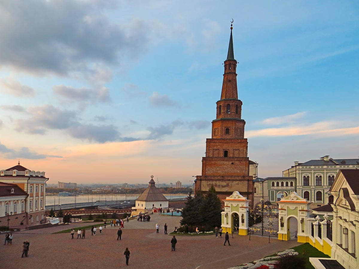 Казанский Кремль. Фото с сайта img-a.photosight.ru