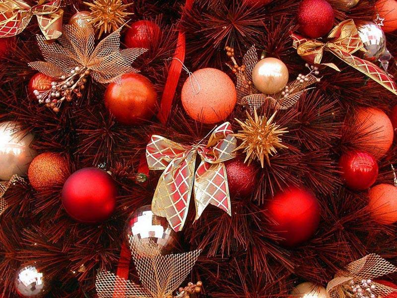 Слишком много новогоднего декора быть не может. Фото с сайта nagaina-oboi.ucoz.ru