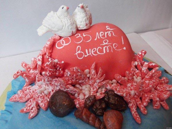 Дизайнерский торт - хороший подарок. Фото с сайта art-party.ru