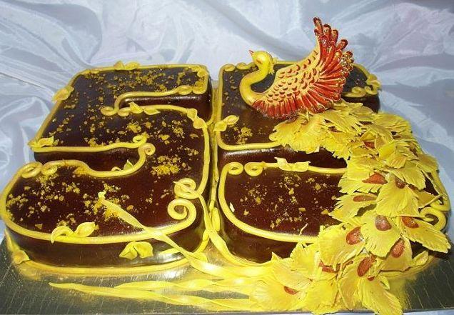 Не забудьте про оригинальный торт. Фото с сайта povary.ru