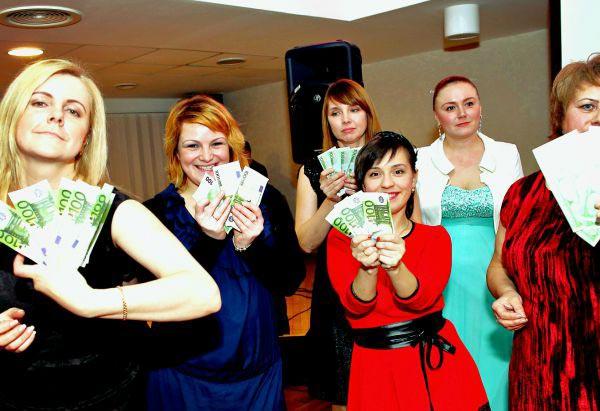 Устройте корпоратив. Фото с сайта www.pozitiffspb.ru