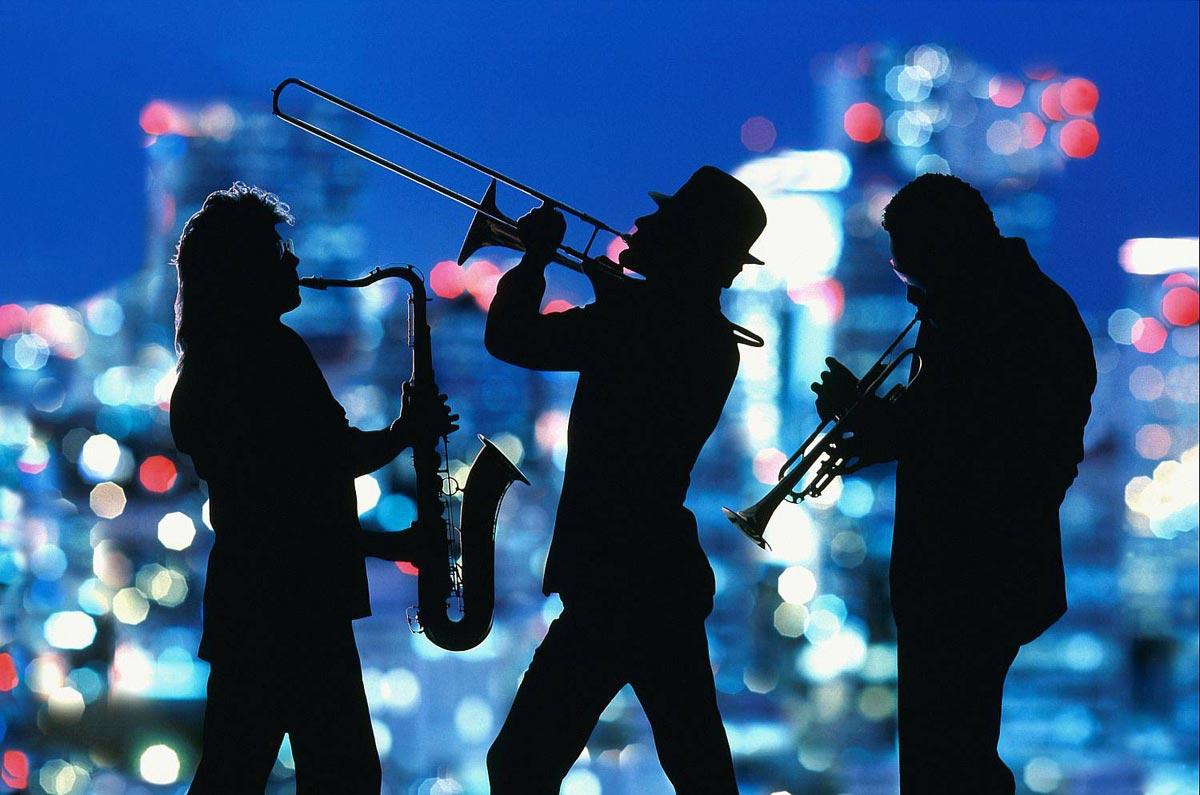 Живая музыка может быть без солиста. Фото с сайта middle.kz