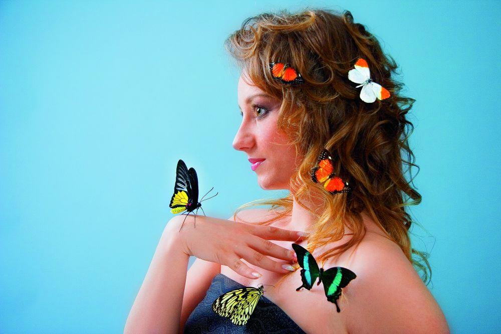 Живые бабочки умилят вашу девушку. Фото с сайта www.exotic-land.ru
