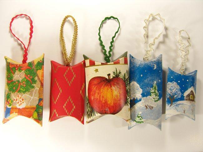 Коробочки с пожеланиями гостям праздника. Фото: nika-po.livejournal.com